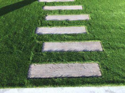 アプローチ素材 コンクリート枕木