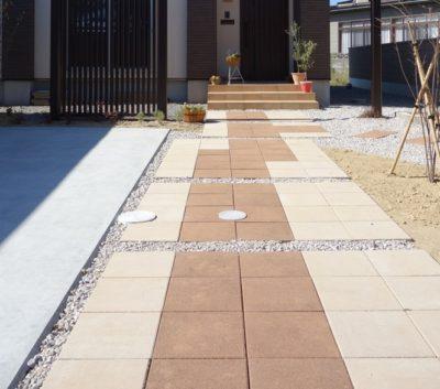 コンクリート平板 アプローチ素材