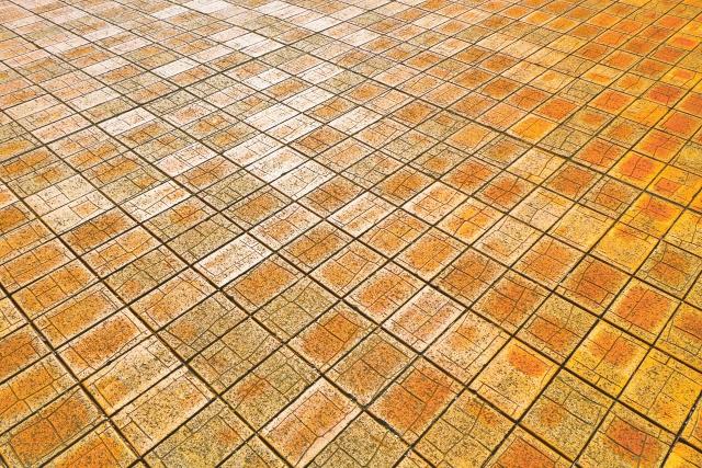 entrance-approach-brick